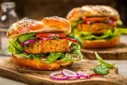 vegetarischer-avocado-burger-rezept