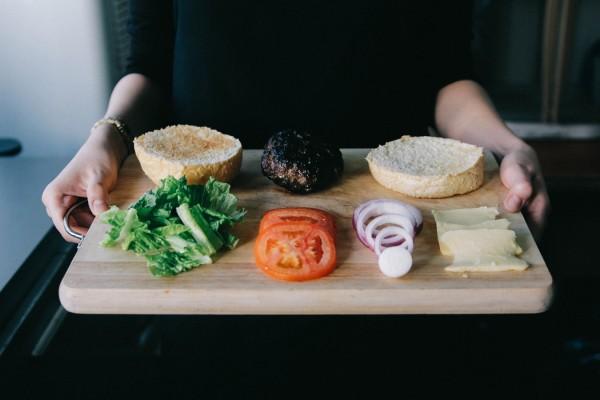 low-carb-cheese-burger-rezept