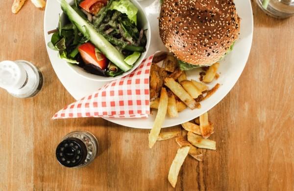 fischburger-mit-seelachsfilet-rezept
